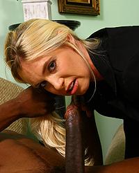 Debbie Dial