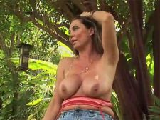 Gardening HORNY HOUSEWIFE style